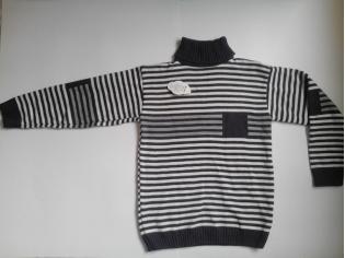 свитер полоса темный